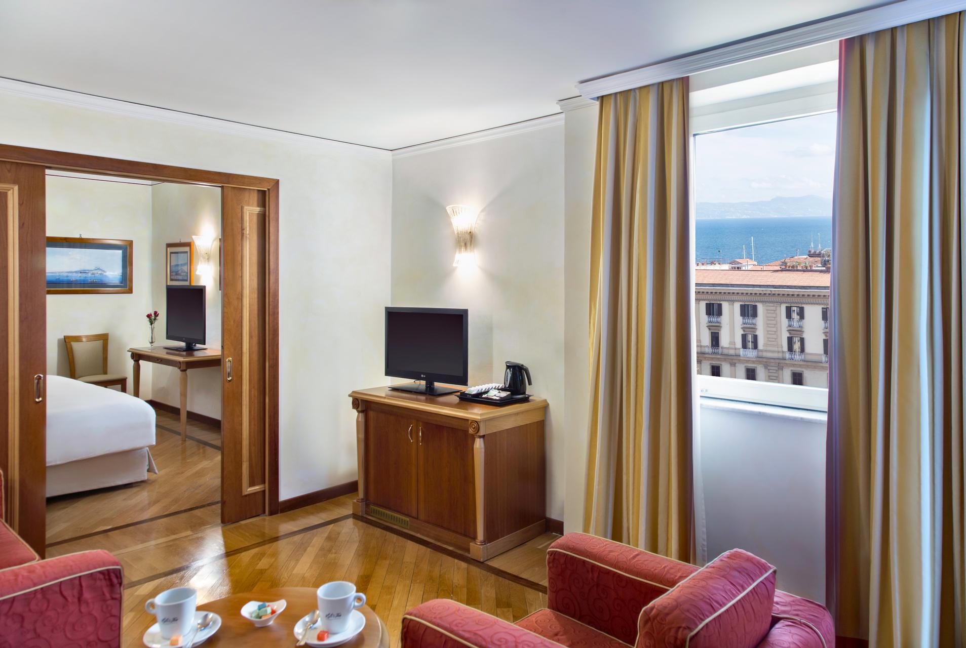 RH_NAPBR_hf_suite_panorama