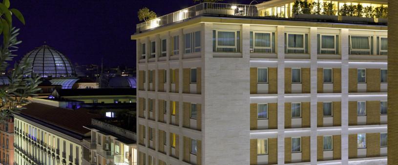 renaissance_naples_hotel_mediterraneo_view